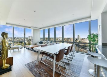 West India Quay, 26 Hertsmere Road, Canary Wharf, London E14. 2 bed flat