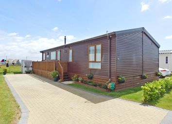 Thumbnail 2 bedroom mobile/park home for sale in Eastern Road, Portsmouth