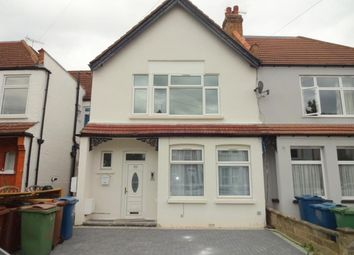 2 bed maisonette to rent in Welldone Crescent, Harrow, Middlesex HA1