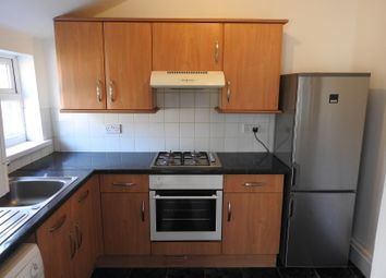 Thumbnail 2 bedroom flat to rent in Airthrie Road, Goodmayes