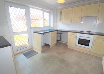 3 bed town house for sale in Grove Mount, Pontefract WF8