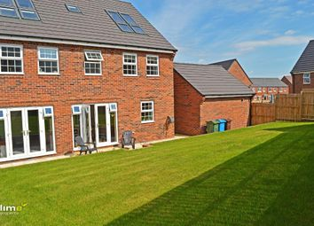 Thumbnail 5 bed detached house to rent in Foxglove Way, Beverley
