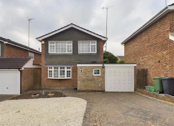 Thumbnail 3 bed detached house for sale in Kingfisher Close, Basingstoke