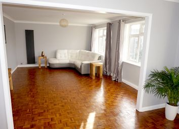 Thumbnail 3 bed flat to rent in Markham Ct, Wickham Rd, Beckenham