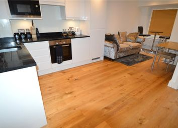 Thumbnail 1 bed flat for sale in Croydon