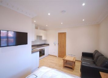 Thumbnail Studio to rent in Russell Street, Reading