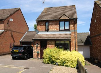3 bed link-detached house for sale in Laurel Fields, Potters Bar EN6