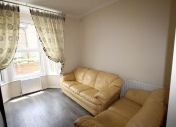 Thumbnail 1 bed flat to rent in St. James's Park, Croydon