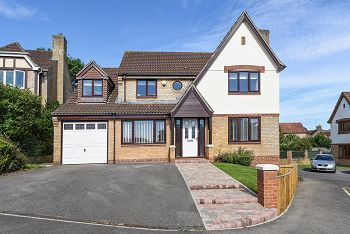 Thumbnail 5 bed detached house for sale in Fanshaw Way, Warminster