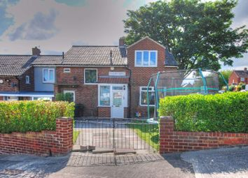 3 bed property for sale in Evesham Garth, Newcastle Upon Tyne NE3