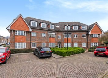 Thumbnail 2 bed flat for sale in Hayward Road, Thames Ditton