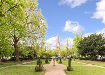 Thumbnail 2 bedroom flat for sale in Redcliffe Square, Chelsea, London