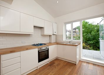 Thumbnail 3 bed flat to rent in Creighton Avenue, London