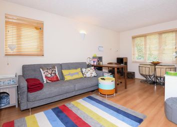 Thumbnail 1 bed flat to rent in Henley, Oxfordshire