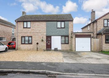 4 bed detached house for sale in Freeborn Close, Kidlington OX5