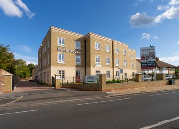 2 bed property for sale in Twickenham Road, Isleworth TW7
