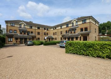 Thumbnail Flat to rent in Chaseley Drive, Chiswick