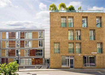 Thumbnail Studio to rent in East Lane, London
