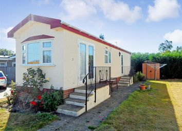 Thumbnail 1 bed mobile/park home for sale in Shalloak Road, Broad Oak, Canterbury, Kent