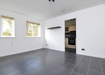 Thumbnail 2 bed flat to rent in Mountbatten Gardens, Beckenham