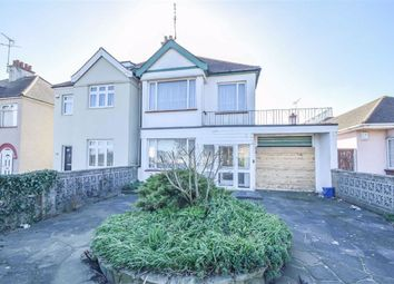 Rayleigh Road, Leigh-On-Sea, Essex SS9. 2 bed semi-detached house for sale