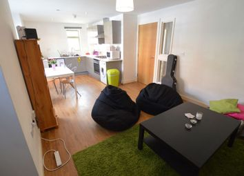 Thumbnail 2 bed triplex to rent in Avenue Road Extension, Clarendon Park