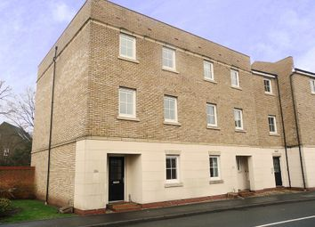 Thumbnail 5 bedroom town house to rent in Dickens Heath Road, Shirley, Solihull