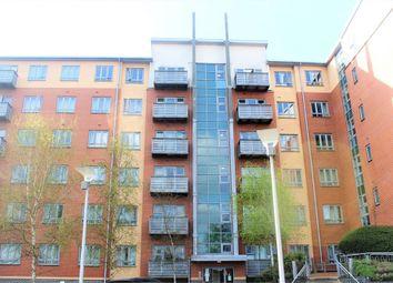 Thumbnail 2 bedroom flat to rent in Buckingham Avenue, Slough