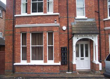 Thumbnail 1 bed flat to rent in Lansdowne Road, Bedford