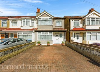 Largewood Avenue, Tolworth, Surbiton KT6. 3 bed property