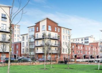 2 bed flat to rent in Sourton House, Battle Square, Reading RG30