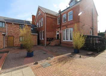 Thumbnail 1 bed flat to rent in Clarendon Mews, Clarendon Park Road