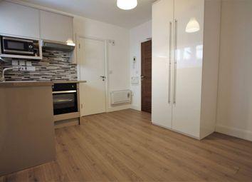 Thumbnail Studio to rent in Flat 5, South End, Croydon