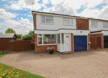 Thumbnail 3 bed detached house for sale in Sycamore Drive, Tring