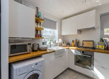 1 bed flat to rent in Maitland Park Villas, Chalk Farm NW3