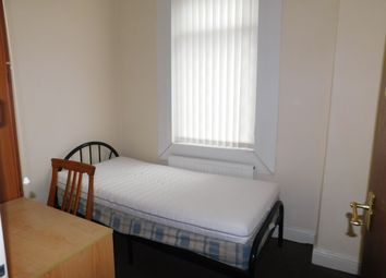 Thumbnail 4 bed shared accommodation to rent in Vine Street, Manchester