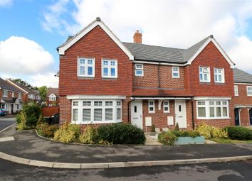3 bed property for sale in Poplar Way, Whitnash, Leamington Spa CV31