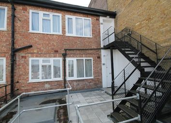 2 bed maisonette to rent in London Road, Sutton SM3