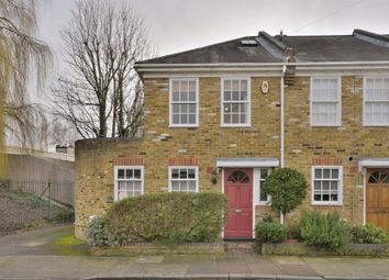 Thumbnail 2 bed cottage to rent in St Hildas Road, Barnes