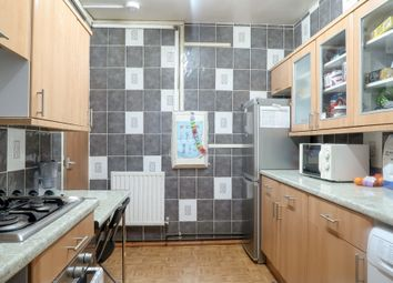 Thumbnail Room to rent in Whitechapel Road, London