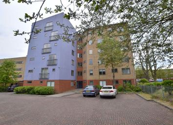 Thumbnail 2 bed flat to rent in Kilby Road, Close To Stevenage Station, Stevenage, Herts