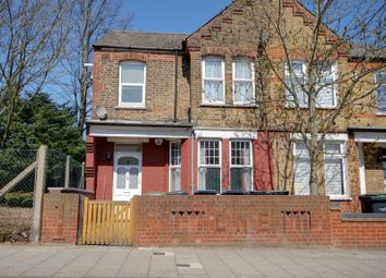 Thumbnail 1 bed flat to rent in Trinity Avenue, Enfield