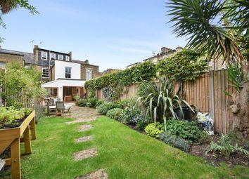 Clifton Avenue, Shepherds Bush, London W12. 4 bed property