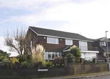 Thumbnail 4 bed detached house for sale in Jennings Close, Hyde