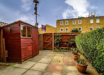 2 bed maisonette to rent in Buttermere Walk, Hackney E8