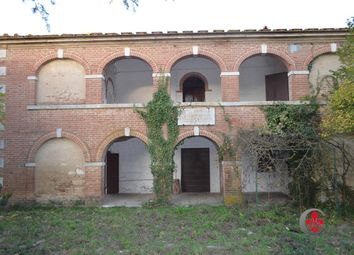 Thumbnail 4 bed farmhouse for sale in San Gimignanello, Rapolano Terme, Siena, Tuscany, Italy