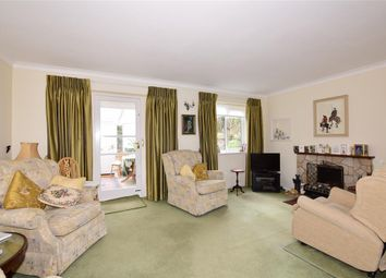 Thumbnail 3 bed detached house for sale in Hillside, Farningham, Kent