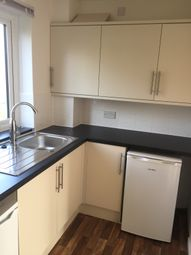 Thumbnail 1 bed flat to rent in Sholebroke Avenue, Chapeltown, Leeds