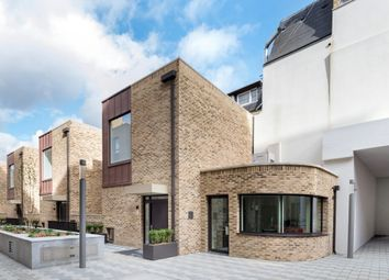 Thumbnail 2 bed mews house to rent in London, St Pancras