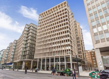 1 Kings Gate Walk, London SW1E. 2 bed flat for sale